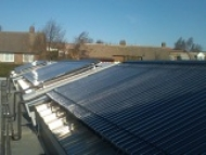 commercial solar_thermal_School2_180_tubes_pic2