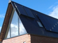 solar thermal_and_pv_on_eco_house